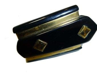Vintage Bakelite Streamline Clip. Carved. Black and Brass. 1940s. USA.