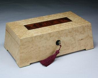 Ischuros (Mighty) Birdseye Maple Rosewood Jewelry Box