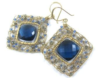Sapphire Blue Quartz, labradorite, crocheted gold wire