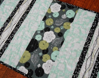 Seashells Table Runner in Aqua Gray and Black , Quilted Table Runner, Beach Table Runner, Beach Decor, Quilted Tablecloth