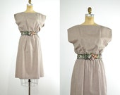 1970s dress / cotton dress / beige dress / 70s vintage dress