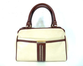 Vintage CARRYLAND  Bag Handbag White and Brown All Weather Vintage Doctor bag