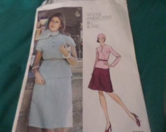 Vogue Americana Bill Blass top and skirt pattern size 12 uncut