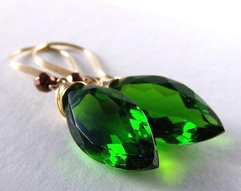Emerald Green Earrings, Emerald Green Quartz Earrings, Gold Earrings, Green Earrings, Marquise - Verde