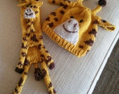 Giraffe Scarf and Hat Set