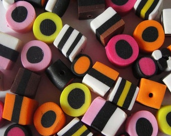 Set of 20 x liquorice allsorts polymer clay beads 10mm approx