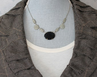 Vintage 1920s to 1930s Silver and Black Necklace