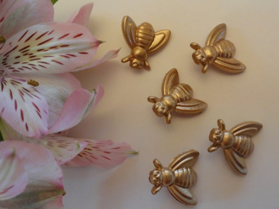 8 bumble bee buttons gold plastic honey bees shank button for Plastic bees for crafts