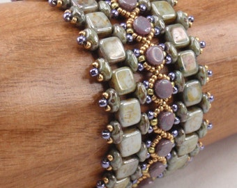 Instructions for Painted Way Bracelet  Beading Tutorial