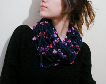 Beige Loop Scarf, Flower Scarf - Chunky Chain Scarf  , tapue scarf, scarflette, necklace