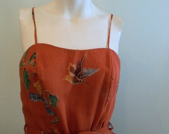 vintage.  70s Burnt Orange Butterfly Print Tiered Dress // S