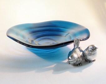 Teal BLue Fused Art GLass Bowl // Beautiful Swirl Design // Flowing // Elegant // Spiral // Sleek // Contemporary // Modern // Rich // Fruit
