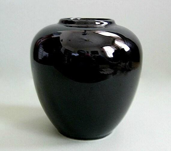 Black Flower 21st Century Op Art Set: Black Vase Pottery Vase Flower Vase Ceramic Vase By