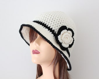 Crocheted Cream Black Cloche Hat