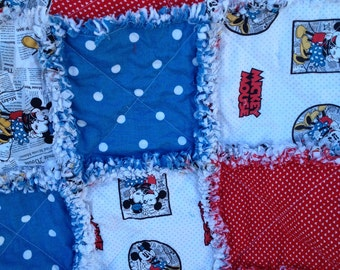 Mickey and Minnie Are In Love!! Child Rag Quilt