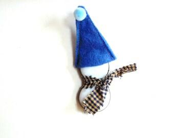 Little snowman suncatcher, stained glass ornament, winter snowman, winter home decor, snowman gift under 10, glass snowman, blue hat