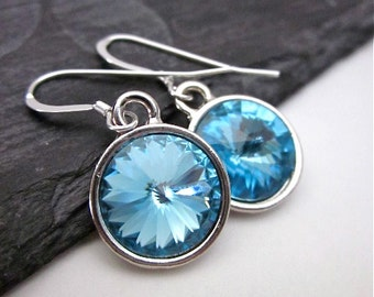 Light Blue Drop Dangles -- Light Blue Crystal Earrings -- Sparkling Blue Crystal Earrings -- Aquamarine Swarovski Earrings -- Blue Earrings