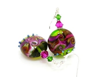 Green & Hot Pink Earrings, Lampwork Earrings, Glass Earrings, Beadwork Earrings, Lampwork Jewelry, Glass Art Earrings, Colorful Earrings