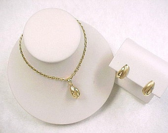 18K Yellow Gold Earrings & Pendant with Chain,Old New Stock,12.2 Grams