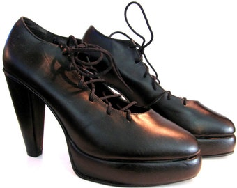 Ballerina Platform Pumps Vintage Womens Black Leather Lace Front Shoes From England Fits Wms US Size 8