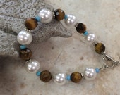 Tiger Eye and Glass Pearl Bracelet / FREE SHIPPING