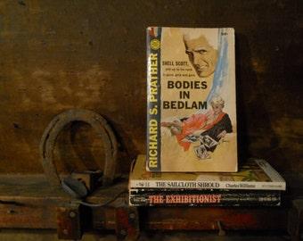 pulp fiction (vintage book)