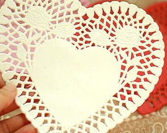 30 Rose Heart Paper Doilies - White (6 x 5.9in)