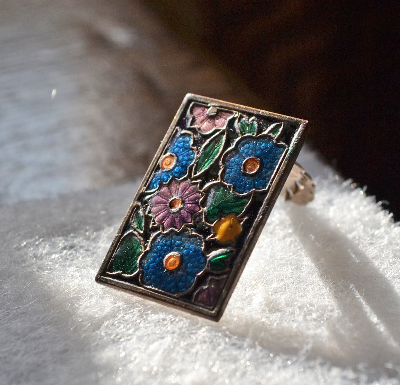Vintage cca 1930 Art deco flapper enamel small dress clip