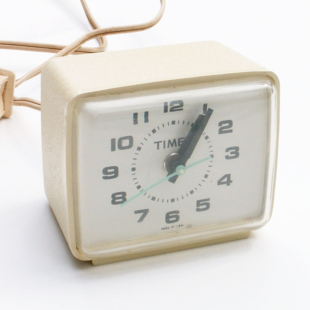 Timex Electric Alarm Clock By Ailorsattic On Etsy