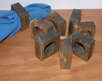 Napkin Rings / Set of 8 made of Blue Pine Wood for Casual Dining