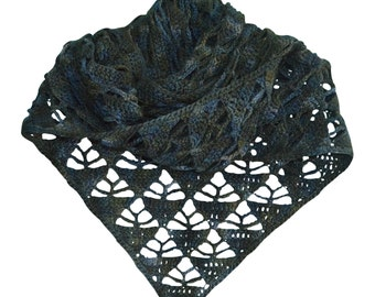Crochet pattern : pyramid shawl