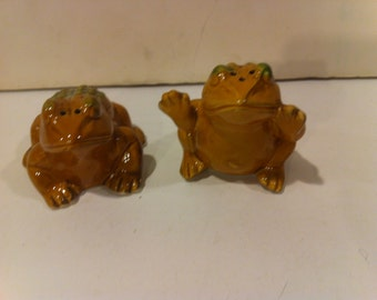 Toad Salt and Pepper Shakers