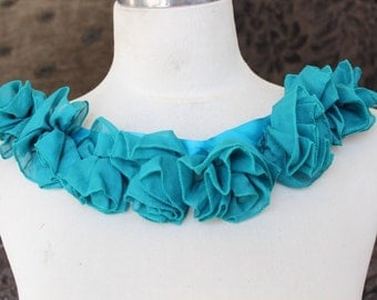 Cute    embroidered chiffon  flowers applique  green color 1 pieces listing