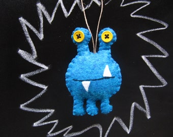Personalized Monster Alien Ornament, Space Alien Christmas Ornament, Felt Monster Holiday Ornament, Alien Ornament, BLUE Alien