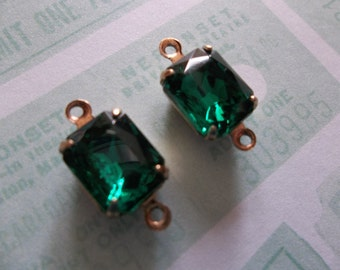 Emerald Green Czech Glass Octagon Gems - 10X8mm Charms - Prong Settings Jewel Drops - Your Color Choice Metal Setting - Qty 2