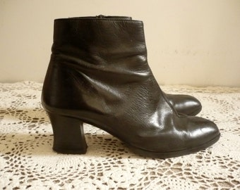 Vintage 1990's Black Leather Ankle Boots Size UK 6 Euro 39