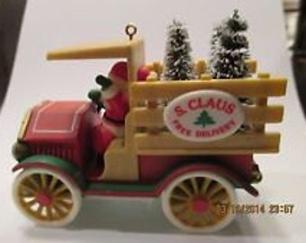 1984 Here Comes Santa Claus Free Delivery 4 Christmas