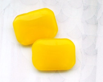 18x13mm VINTAGE Yellow Octagon Moonstone Glass Stones from Western Germany, Canary Yellow, 18x13 Octagons, Yellow Octagons, Quantity 2