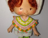 vintage 1980's American Greetings Strawberry Shortcake Cafe Ole doll with sandals!!