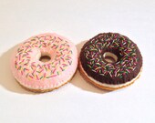 Felt food donut with sprinkles set chocolate & strawberry glazed sprinkles - eco friendly childrens pretend play food for toy kitchen