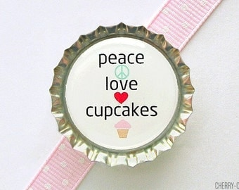 Peace Love Cupcakes Bottle Cap Magnet, cupcake magnet, fridge magnet, cupcake baby shower favors, cupcake party favor, cupcake kitchen decor