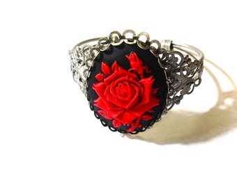 Red rose cameo bracelet