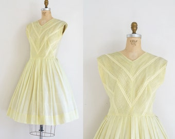 1950s Dress / 50s Pale Yellow Sundress