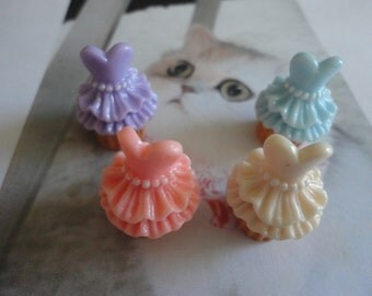 Kawaii dress decoration frosting cupcake cabochons   4 pcs---USA seller