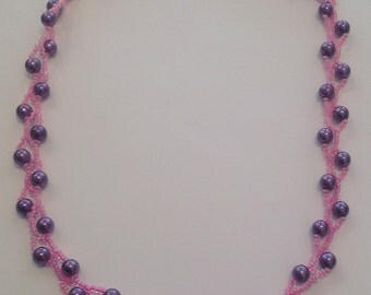 Necklace with seed beads and pearls kit
