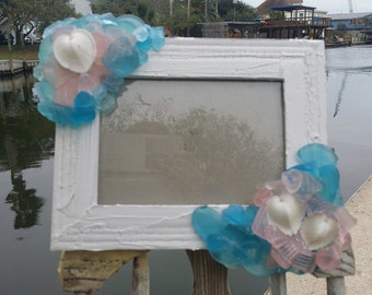 Aqua & Pink Seaglass Crackle Rustic 5x7 Frame with Natural Seashell White Cockle Hearts/ Beach Wedding/ Mermaid Inspired Home Decor/ LOVE