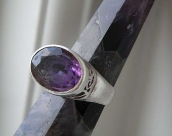 Amethyst ring - Afghani design - purple Amethyst gemstone ring - sterling silver - carved silver ring - natural stone jewelry