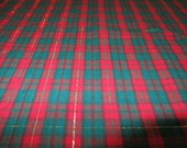 HiGH QUALiTY HOMESPUN RED and GREEN PLAiD FABRiC Cotton Blend with Gold Metallic Accent