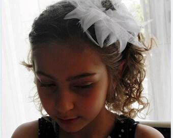White Flowered headband, Little girl headband, Girls flower headband, Girls headband, Flower girl white headband , hair accessory