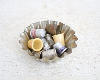 Vintage Thimbles - Advertising Thimble - Sewing Collection
